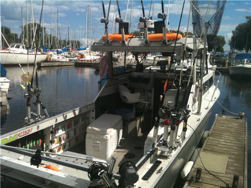 Boat Fishing Charter SYLVAINFISHON