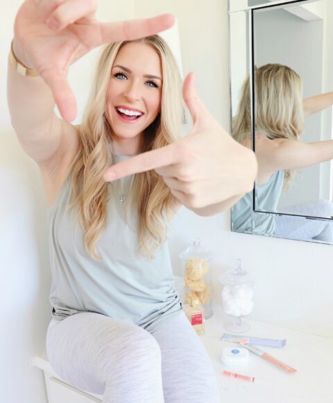 lifestyled-by-me-smile-brilliant-at-home-whitening-teeth-stains-featured