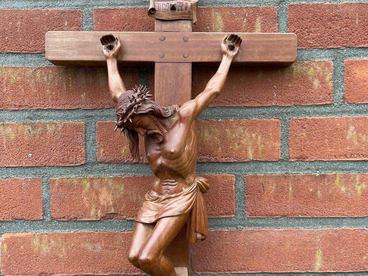 Professionalism Kills Priesthood
