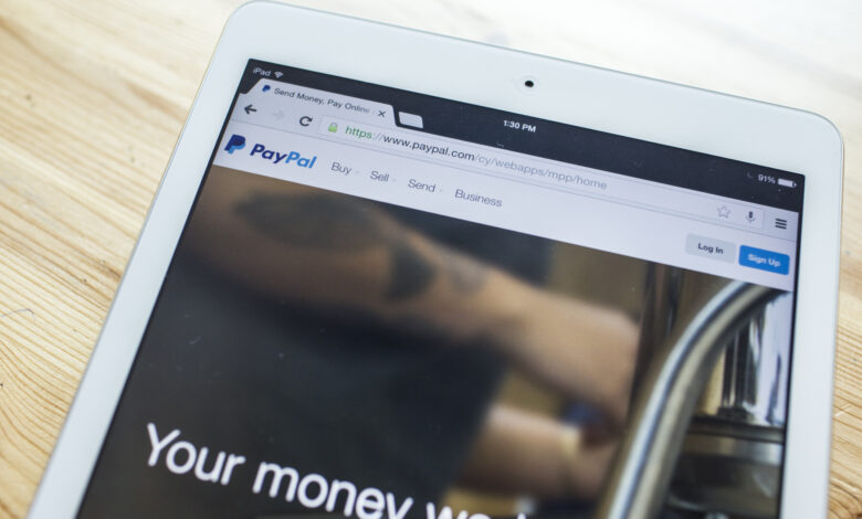 Photo of PayPal severs ties with pornhub