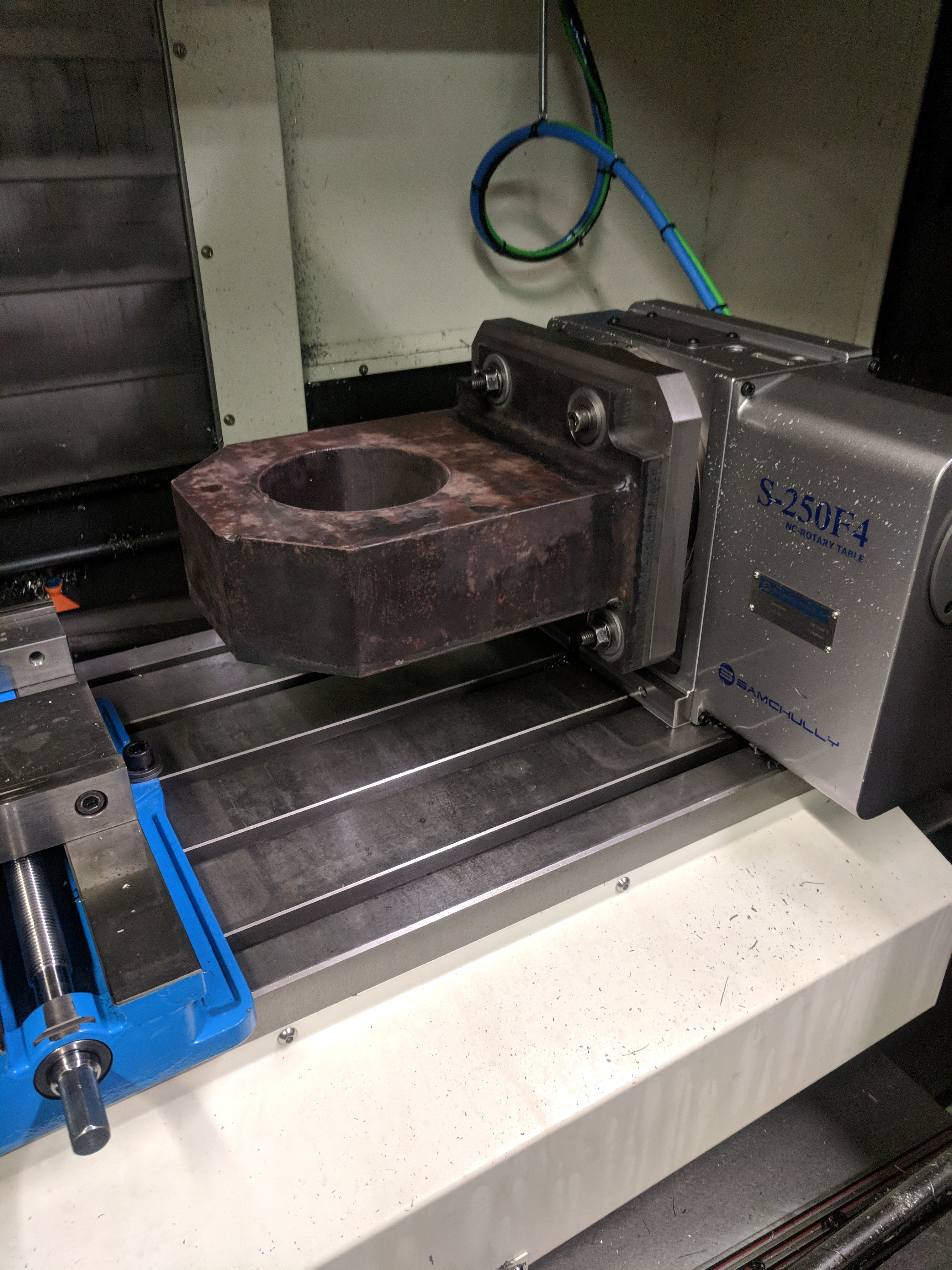 Custom CNC Milling high speed machining and multi-part fixturing