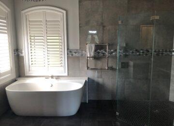 Bathroom remodel tub and walk-in shower