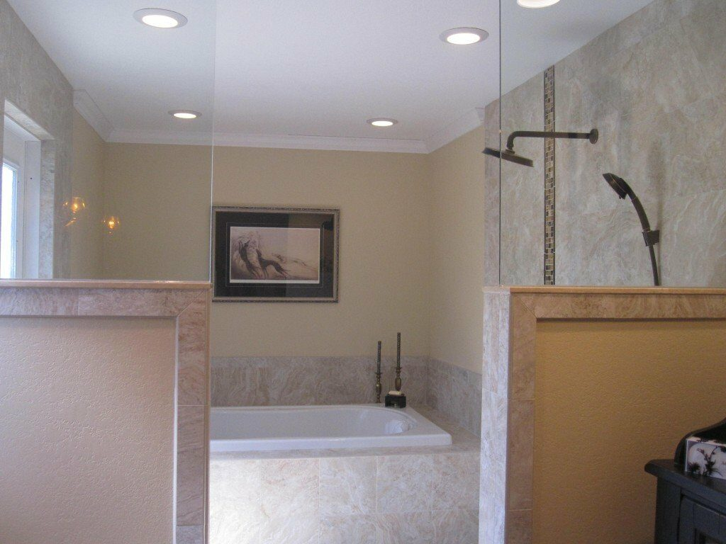 sun-bay-builders-tub-shower-1024×768