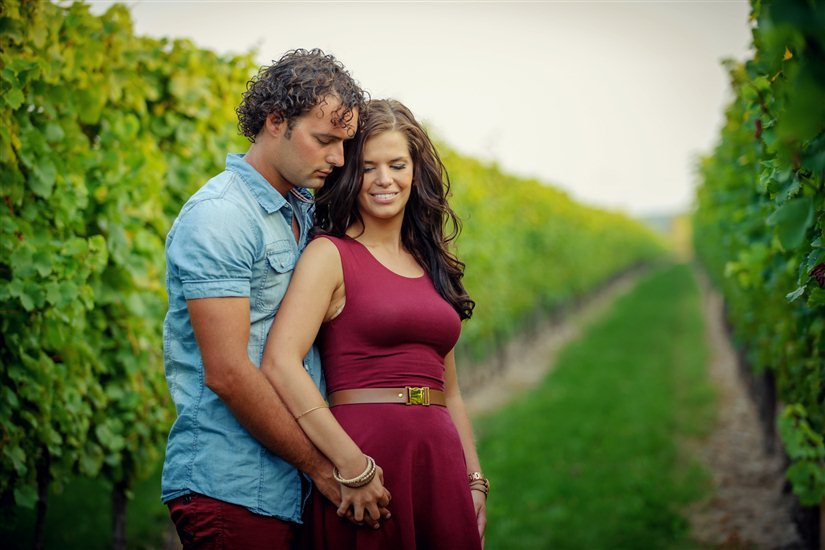 COMMERCIAL & WEDDING PHOTOGRAPHER NIAGARA