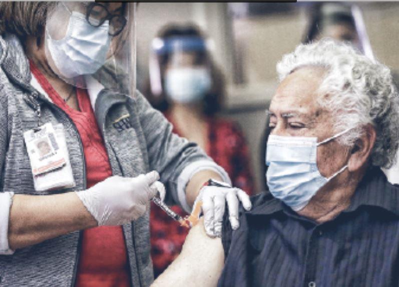 Los condados fronterizos de Texas y México lideran las vacunas COVID-19