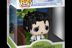 Edward-Scissorhands-Deluxe-2