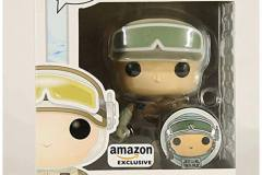Star-Wars-Hoth-Luke-with-Pin-Amazon-2