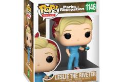 Parks-and-Rec-1146-Leslie-the-Riveter-2
