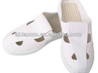 STOCK: BUTTERFLY SLIP ON COLOR: WHITE SIZE: # 5, - #12 RETAIL: PHP 365.00 WHOLESALE: PHP 290.00