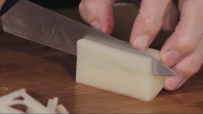 Cutting Potatoes
