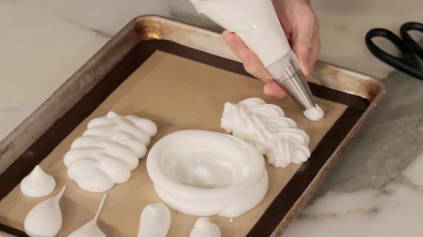 Making and Piping Meringue