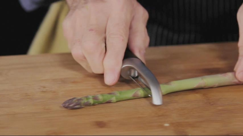 Peeling and Trimming Asparagus