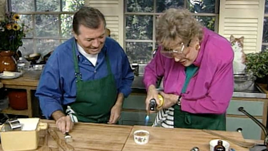 Jacques and Julia make custards