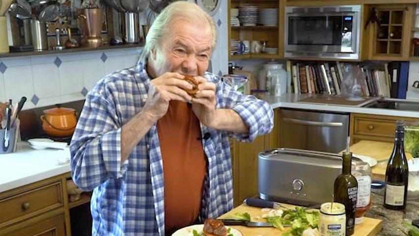 Jacques Pépin makes hamburgers