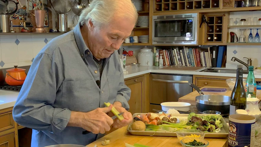 "Jacques Pépin makes ""fridge soup"""