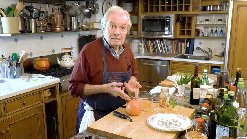 Jacques Pépin makes a simple grapefruit dessert