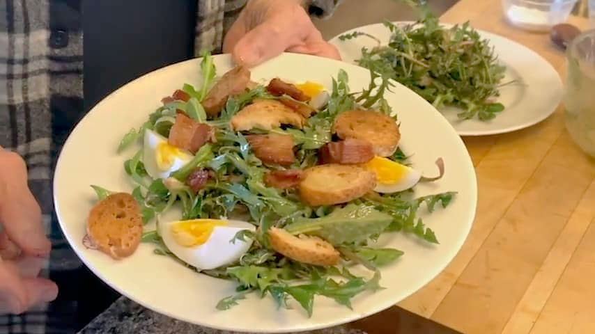Jacques Pépin makes dandelion salad