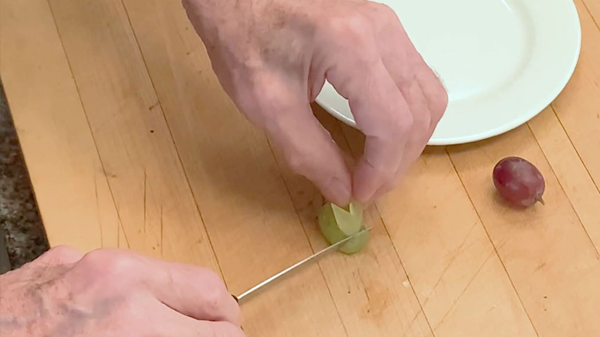 Jacques Pépin makes rabbit grapes