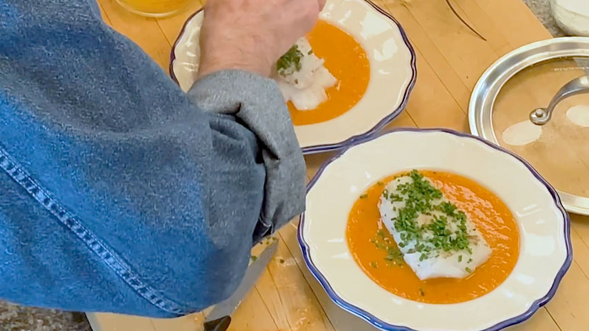 Jacques Pépin makes scrod with tomato