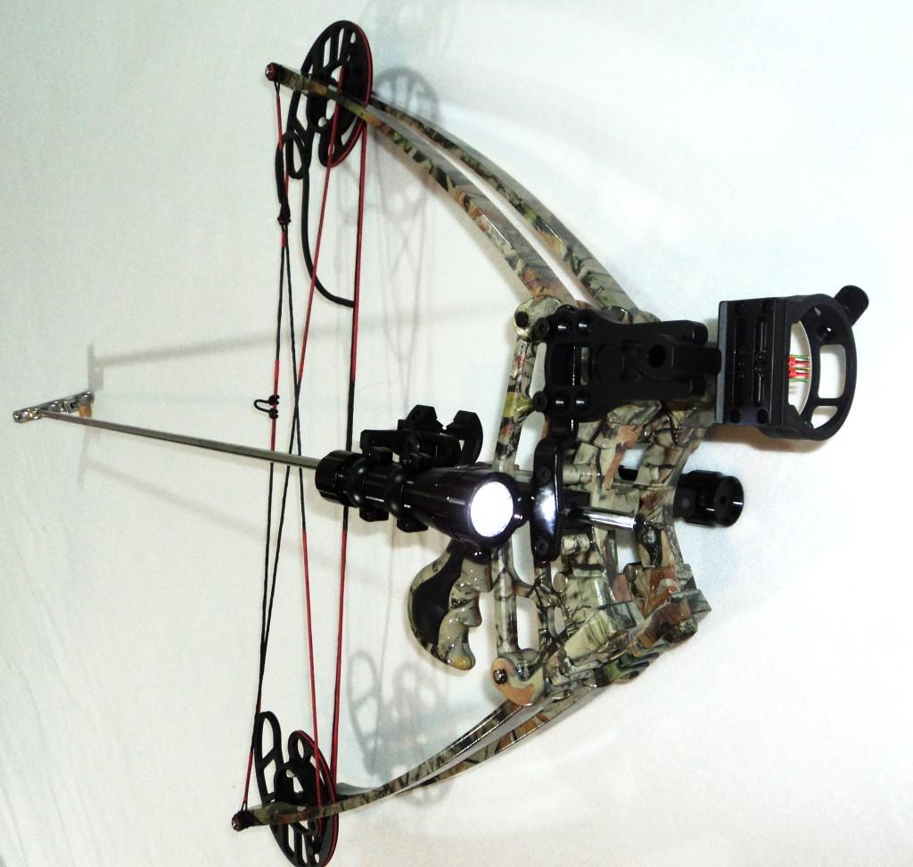 Delta vertical crossbow