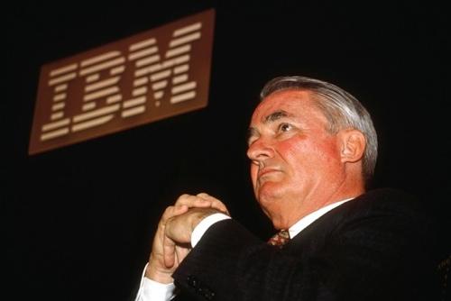 John Akers, former IBM CEO