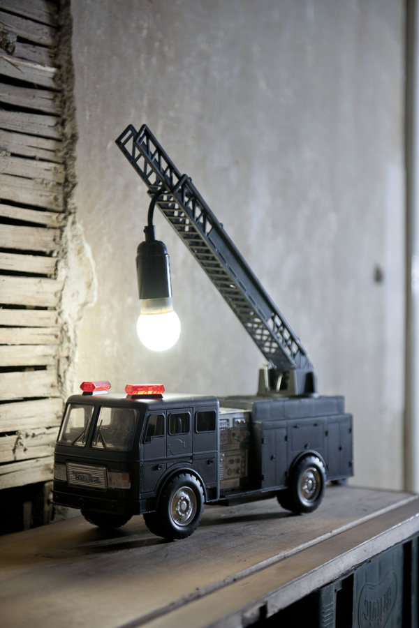 firefighter-lamp