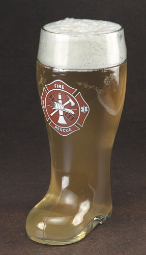 maltese-cross-boot-mug