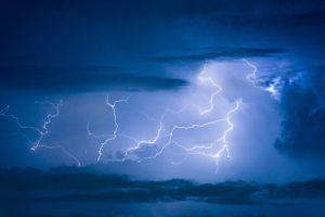 lightning strike image