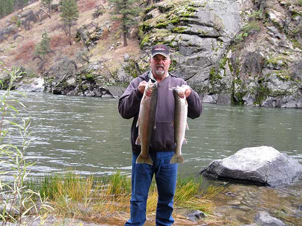 Waters Edge is your ideal Idaho fishing campground and RV Park - minutes from great steelhead fishing on the Salmon River
