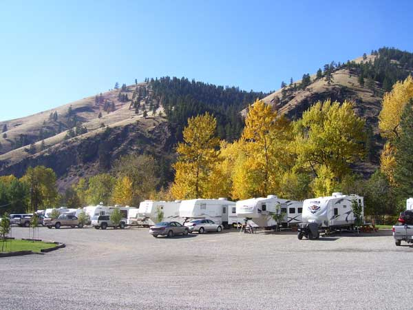 25 feet wide RV Sites with full hook-ups