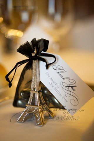 Souvenirs-para-bodas-parisinos