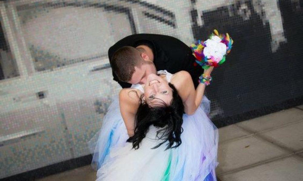 Vestidos de novias en colores, ¿te atreves?