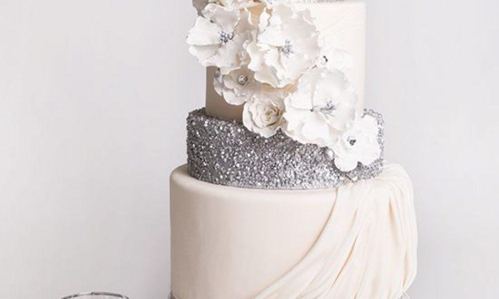 Bizcochos de boda llenos de flores, inspirados en la primavera