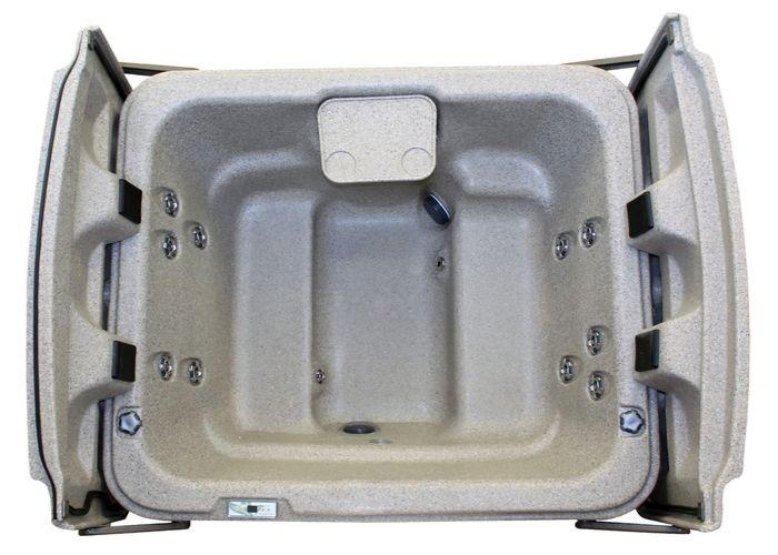 The Eco Spa E1 Hot Tub Image