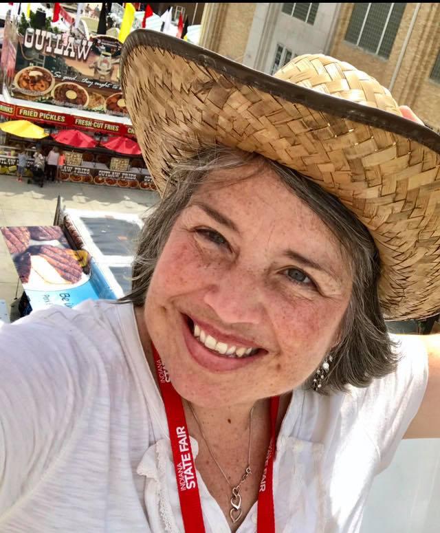 Sara: Creator & Chief EDventurer of Get Lost Indiana