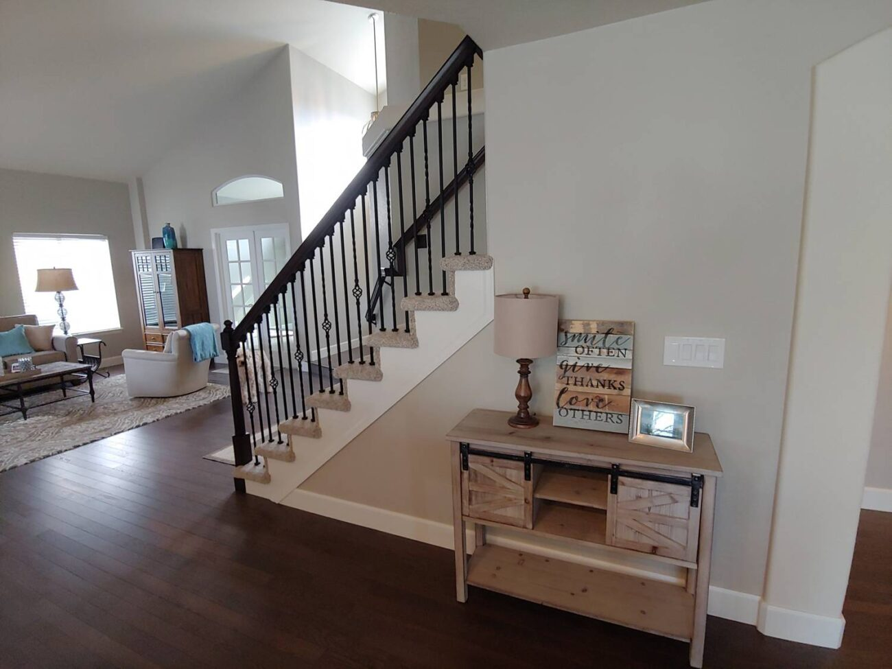lateral living room stairs