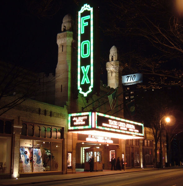 590px-Fox_Theater_night