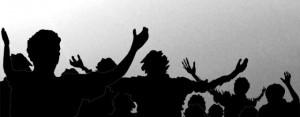 worship-crowd