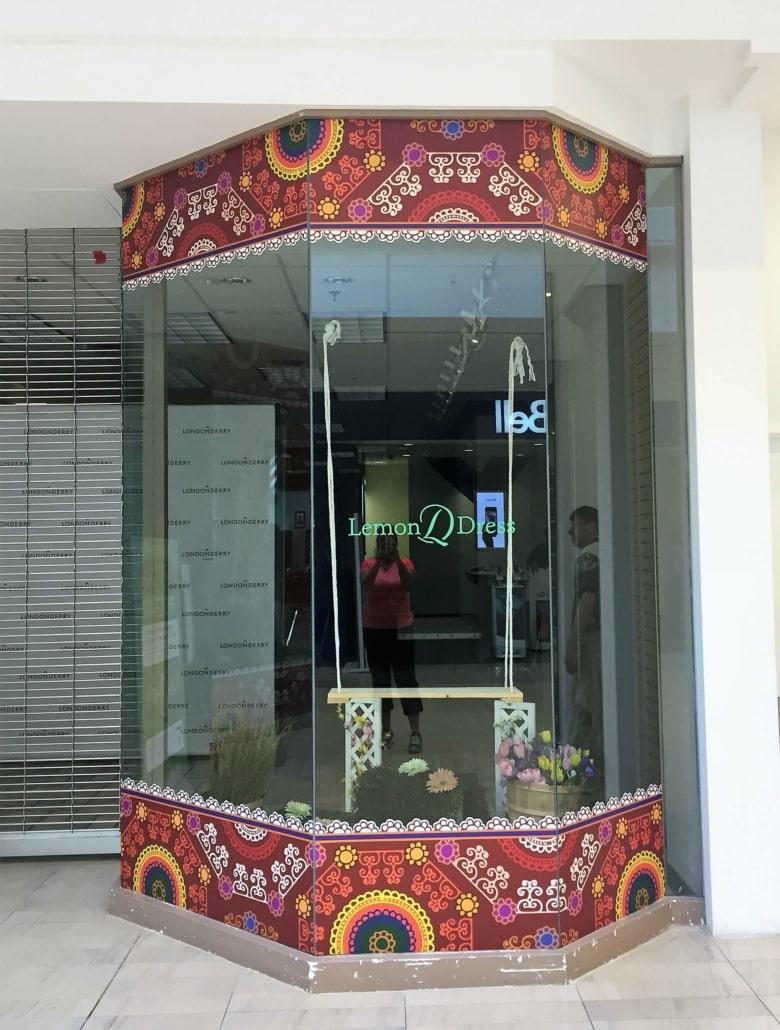 lemondress-printed-wall-graphics-production-installation-1