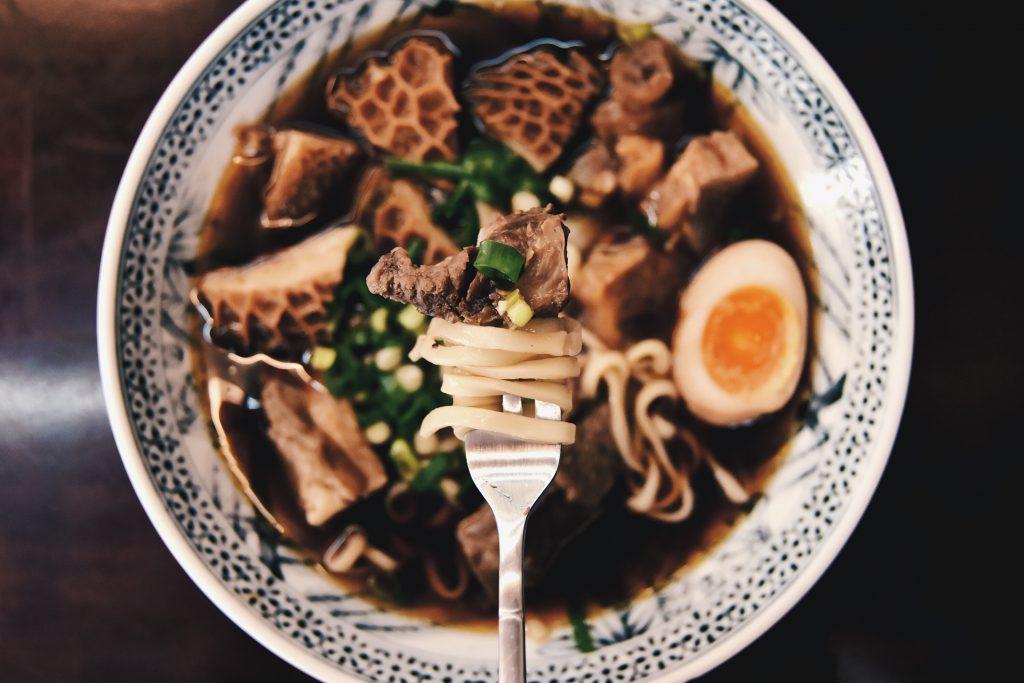 寶島口福牛肉麵-Beef-Noodle_Food-on-Fork