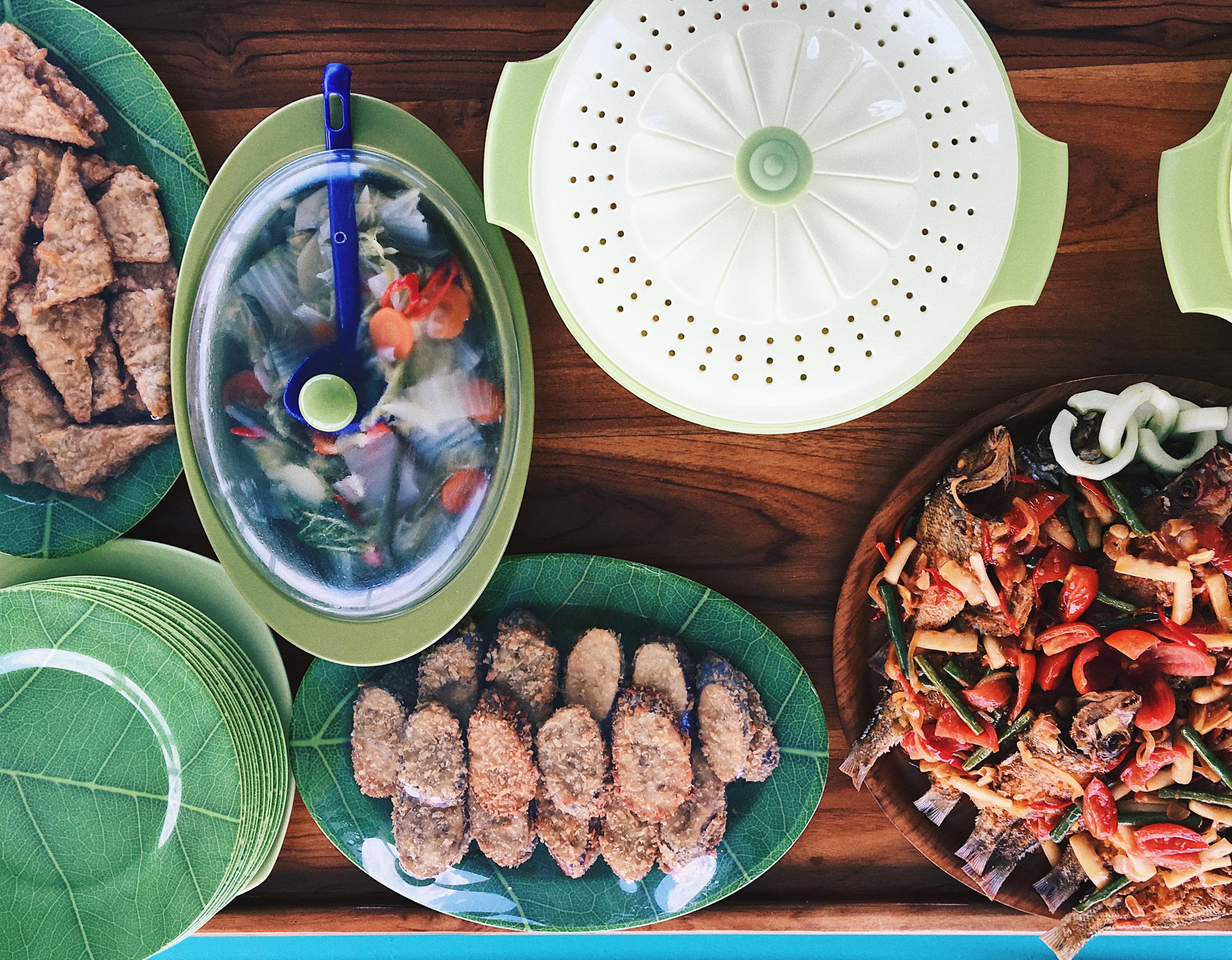 Labuan-Bajo-Food-on-Fork