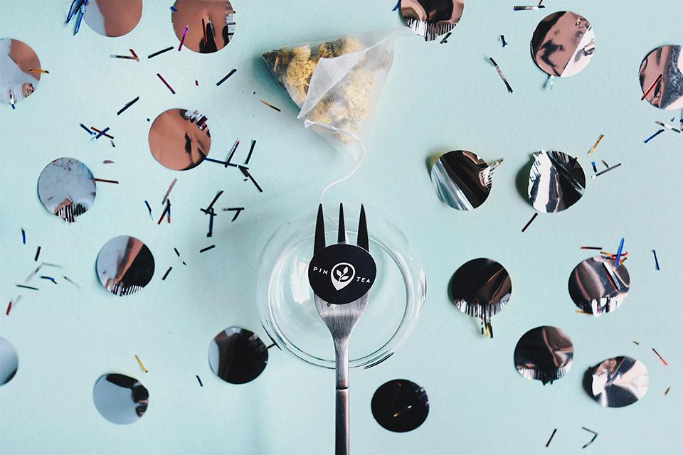 Pin-Tea-Quayside-Chamomile-Food-on-Fork