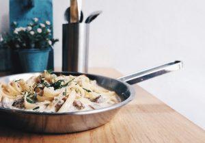 Table-Star-Food-on-Fork