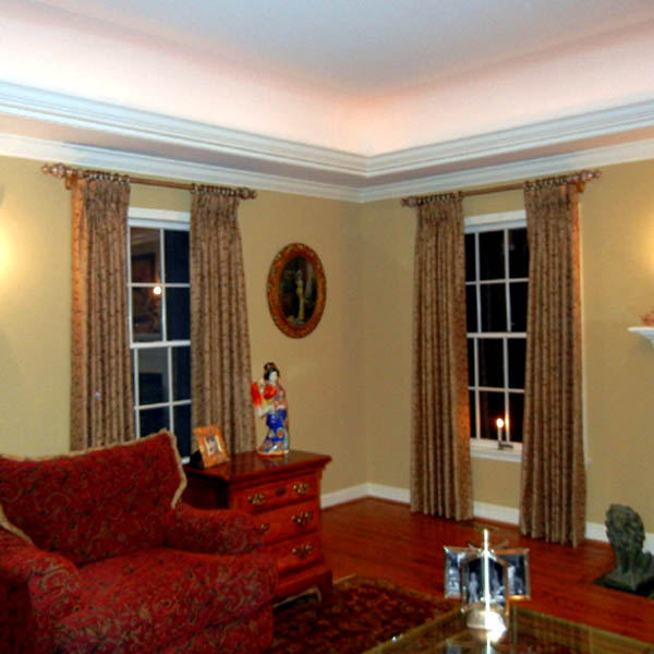 What is Affordable Elegance for Windows Near Annapolis, Maryland (MD) like Custom Drapery in Living Rooms