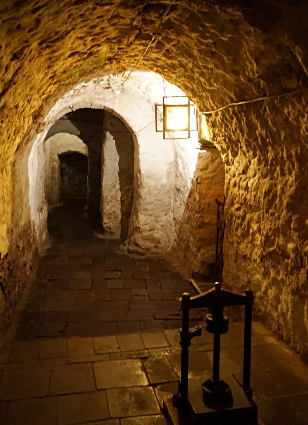 Lviv Dungeons: Apteka Museum