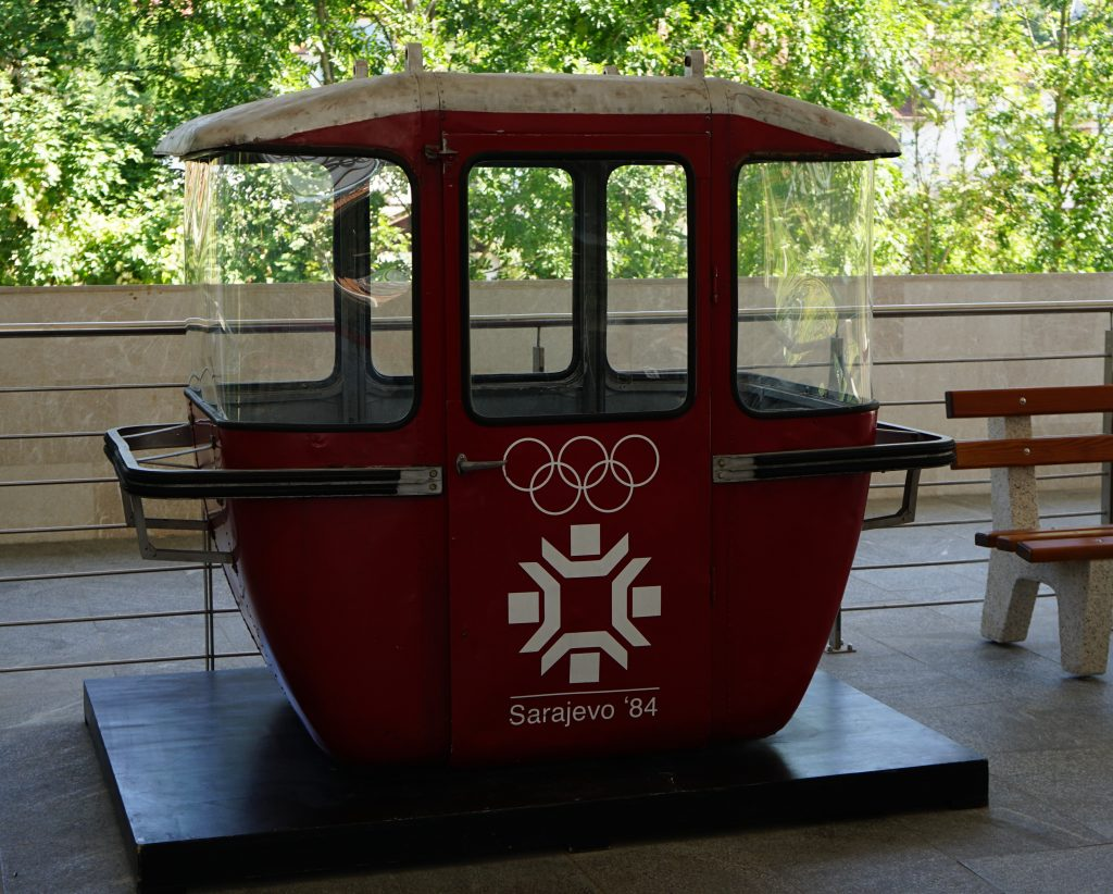 The old type of cable car that had been used during the Winter Olympics in 1984