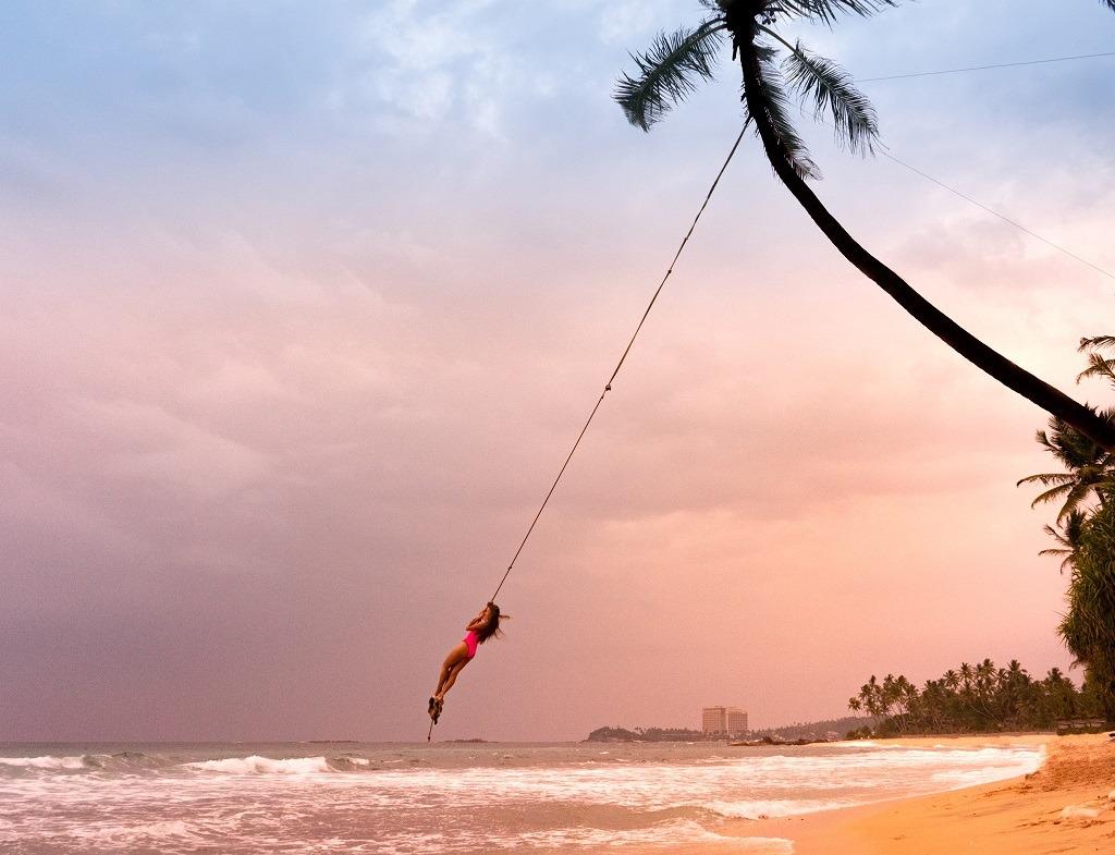 sri-lanka-palm-tree-swing