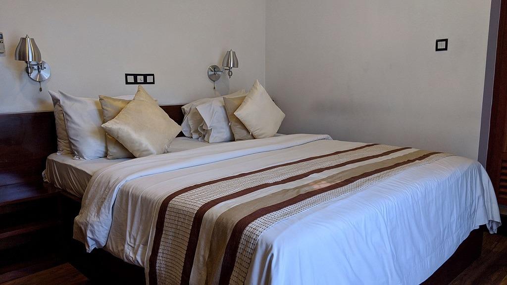 gloria-grand-hotel-unawatuna