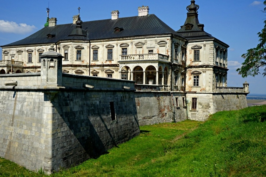 Pidhirtsi Castle is located an hour drive from Lviv