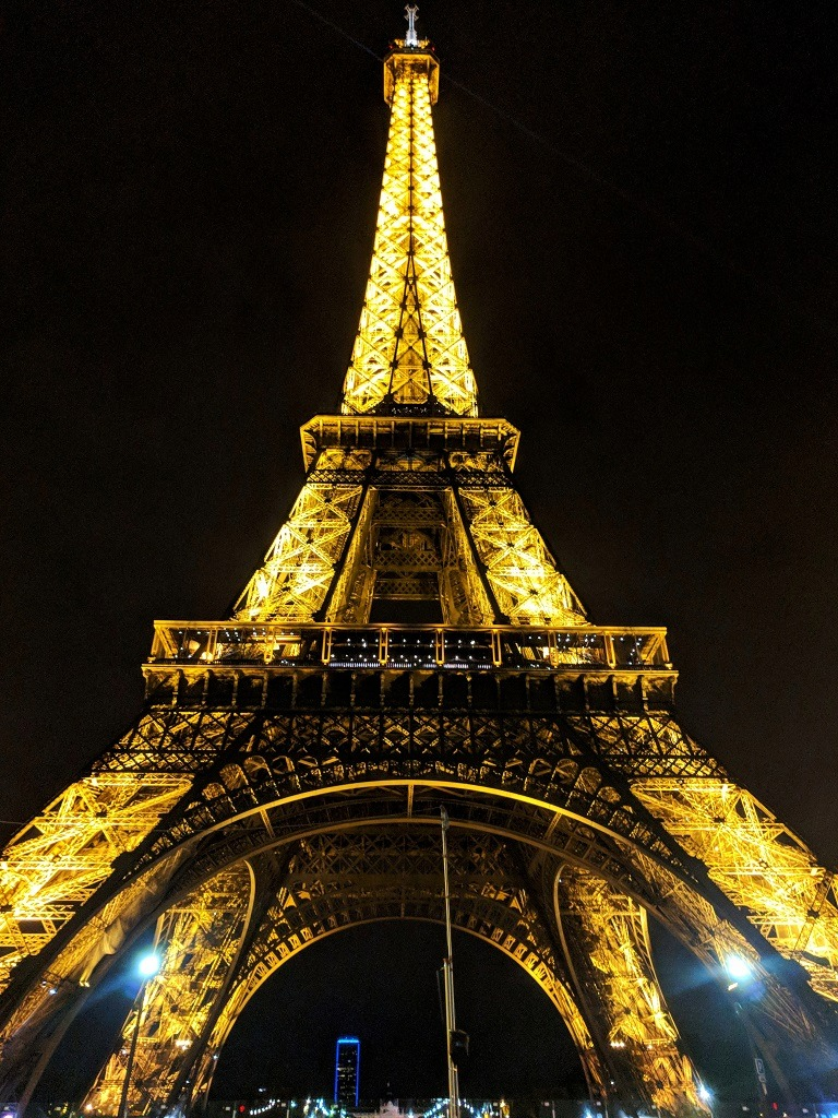 visit-the-eiffel-tower